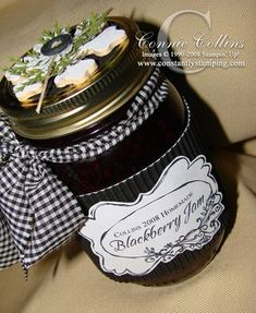 adorable way to decorate a gift jar