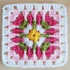 Crochet World added a new photo. Crochet Square Blanket, Crochet Blocks, Granny Square Crochet Pattern, Crochet Pillow, Afghan Crochet Patterns, Crochet Squares, Crochet Granny, Baby Blanket Crochet, Crochet Motif