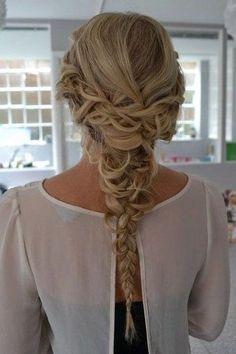 Such a gorgeous braid!