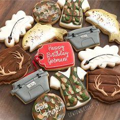 Huntin', fishin' & lovin' everyday...- @lukebryan 🦌🎣🎯 yeti hunting fish antler Camo Cookies, Fish Cookies, Fancy Cookies, Iced Cookies, Cut Out Cookies, Cupcake Cookies, Cookies Et Biscuits, Cupcakes, Camping Cookies
