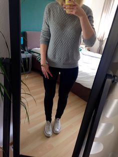 grey swaeter outfit