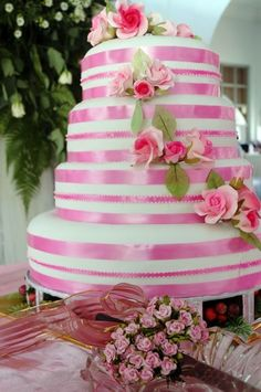 Nice Pink Wedding Cakes With Pink Ribbon