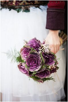 Ornamental cabbages bouquet | Image by Nadine Court Photography on French Wedding Style