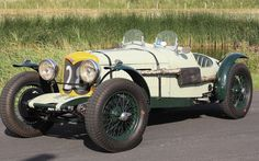 Classic Car News Pics And Videos From Around The World Vintage Sports Cars, Vintage Racing, Vintage Cars, Antique Cars, Bmw Classic Cars, Classic Sports Cars, Sport Cars, Race Cars, Veteran Car