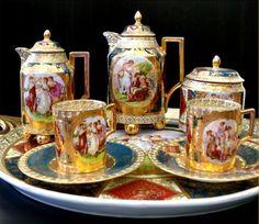 Gorgeous Tea/Coffee Set with Gold Victorian Tea Sets, Tea Sets Vintage, Silver Tea Set, China Tea Sets, Tea Art, My Cup Of Tea, Tea Service, Chocolate Pots, Coffee Set