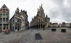 Stadhuis, Grote markt, Mechelen , Belgie. City Hall, great market, Mechelen, Belgium