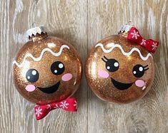 Disney Christmas Decorations, Kids Christmas Ornaments, Christmas Gingerbread, Christmas Crafts For Kids, Homemade Christmas, Diy Christmas Gifts, Christmas Projects, Holiday Crafts, Christmas Time
