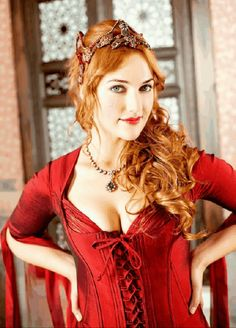 Meryem Uzerli mjm uzli born 12 August 1983 is a TurkishGerman actress and model who rose to prominence by playing Hrrem Sultan in the Turkish TV Beautiful Redhead, Most Beautiful, Beautiful Women, Turkish Fashion, Turkish Beauty, Red Headed League, Meryem Uzerli, Fire Hair, Redheads