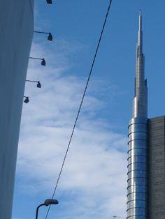 blue steel winter sky (Milan, Italy)