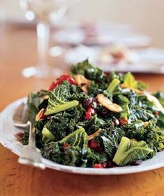 Kale With Roasted Peppers and Olives|Add this dark leafy green to your regular dinner rotation—it's full of vitamin C, beta-carotene, calcium, and antioxidants.