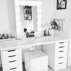 makeup, room, and white kép