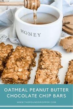Oatmeal Peanut Butter Chocolate Chip Bars Chocolate Chip Bars, Chocolate Peanut Butter, Peanut Butter Oatmeal Bars, Chocolate Chip Recipes, Ww Desserts, Healthy Desserts, Healthy Recipes, Dessert Recipes, Ww Recipes