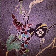 ISHIKAWA ARTISTS SHINE IN NYC THIS MONTH http://www.japan-suite.com/blog It started with with Toshiharu Hisatsune, an artist displaying Kaga Yuzen, a style of textile craftsmanship unique to the Ishikawa region. He exhibited his Kimono and Noren (a room divider made of fabric) in Brooklyn, and he demonstrated for the audience how he dyes fabric. He told us some interesting stories about the history of Yuzen and about traditional wedding rituals in the Ishikawa area #toshiharuhisatsune…