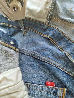 """В том случае когда ты умеешь это делать и знаешь все тонкости. А вот если ты профан, то можешь работать """"широкой кистью"""" и делать как пожелаешь. В крайнем случае, неудачу потом можно оправдать авторской задумкой. 😄 Делайте своё дело хорошо, друзья! Repair Jeans, Pants, Fashion, Trouser Pants, Moda, La Mode, Women's Pants, Fasion, Women's Bottoms"""