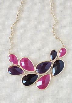 'berry hues' necklace. love!