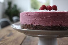 Coconut Raspberry Cheesecake (paleo autoimmune protocol-freindly) | The Paleo Mom
