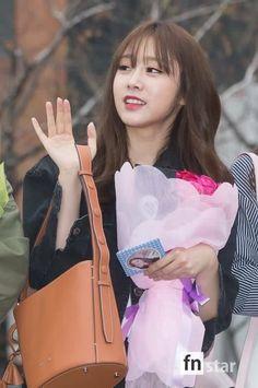 Seo Jisoo, Woollim Entertainment, Ji Soo, Girl Group, Dancer, Korea, Entertaining, People, Fashion