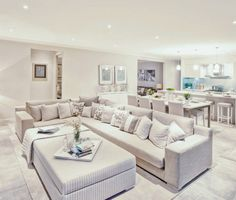 Montego - Family room, dining & kitchen