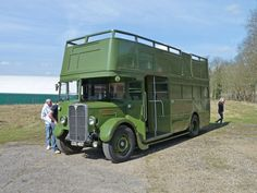This AEC tree-lopper, London Transport service vehicle 971J, was once a front-entrance STL-type bus in the Country Area.