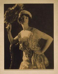 Gertrude Vanderbilt Whitney (Mrs. Harry Payne Whitney) was Consuelo Vanderbilt's first cousin, the daughter of Cornelius Vanderbilt II and Alice Claypoole Gwynne. Her brothers were Cornelius III, Alfred G., and Reginald C.  As Gloria Vanderbilt's Aunt, she was awarded custody of Little Gloria.