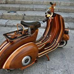 The Wooden Vespa by Carlos Alberto