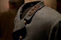 Uniform of Gen Robert E Lee... worn at his surrender @ Appomattox