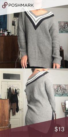 Grey oversized knit sweater Comfy af Forever 21 Sweaters V-Necks