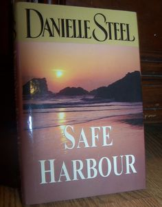 SAFE HARBOUR by Danielle Steel Hardback Book EUC Combined Shipping Only $1 or 50 cents after 1st! @Listia.com