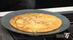 Oggi, nonostante il gran caldo possa diminuire il nostro appetito, vogliamo parlarvi di un piatto leggero e squisito: si tratta della frittata senza uova, una ricetta che arriva direttamente dalla cucina di SuperSimo...