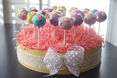 cake pop ideas | ... kept it simple with pastel colored pops with flower shaped icing
