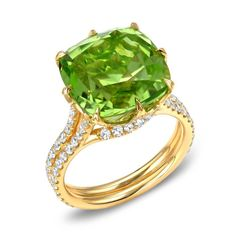 """Tamir Exceptional Cushion Peridot And Diamond Yellow Gold Web Ring 