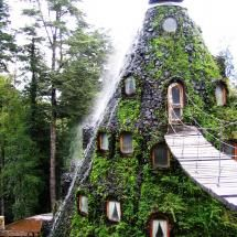 Hotel La Montaña Mágica. Huilo-Huilo. Chile