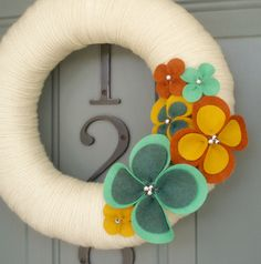 Yarn Wreath Felt Handmade Door Wall Decoration Warm Up by ItzFitz