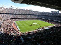 Ambiente del Camp Nou en el Barça-Rayo .