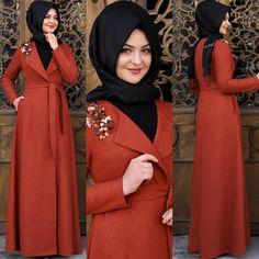 Taba rengini tutturdum sonunda #pınarşems #kecepullukap #tesettür #tesettürkaban #kaban #hijab #hijabi #hijabfashion #giyim #moda #tesettürgiyim #newcollection