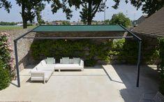 Pergolamarkise - minimalistisk og stilfullt | Solskjerming ute | uteDESIGN Pergola Toit Retractable, Outdoor Furniture Sets, Outdoor Decor, Terrazzo, Facade, Patio, Home Decor, Images, Google