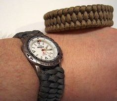 Woven Paracord Bracelet/watchband: 7 Steps (with Pictures) Hemp Bracelets, Paracord Bracelets, Survival Bracelets, Diy Tresses, Survival Watch, Paracord Watch, Paracord Braids, Girl Scout Crafts, Paracord Projects