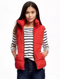 Old Navy Red Quilted Vest-Winter Fashion - Cyndi Spivey Puffer Vest Outfit, Red Puffer Vest, Red Vest, Puffer Coats, Winter Vest Outfits, Cold Weather Outfits, Red Waistcoat, Anthropologie Clothing, Jackets For Women