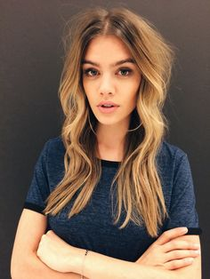 Joanna Halpin Makeup km Cut Her Hair, Hair Color And Cut, Hipster Hairstyles, Pretty Hairstyles, Layered Hairstyles, Joanna Halpin, Let Your Hair Down, Dream Hair, Trends