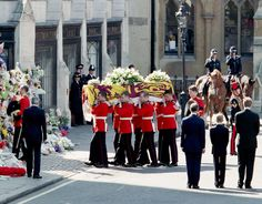 Members of the Royal Family gather for the Funeral of Diana, Princess of Wales, at Westminster Abbey on September 6, 1997 (UK Press via Getty Images)