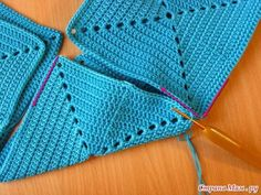 With Tommy skeins …: Bag of colored crochet rectangles – 2019 - FASHIONVideo tutorial paso a paso 👍 crochet bag bolso – Artofit- Diversamente Crochet By MaryRose Free Crochet Bag, Crochet Clutch, Crochet Handbags, Crochet Purses, Diy Crochet, Crochet Bag Tutorials, Crochet Purse Patterns, Crochet For Beginners, Crochet Stitches
