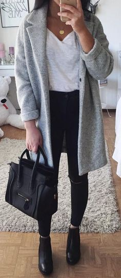 Fall Fashion Trends Grey Coat Plus White Top Plus Bag Plus Skinni Plaid Fashion, Tomboy Fashion, Fashion Outfits, Fashion Coat, Dress Fashion, Cute Fall Outfits, Casual Outfits, Winter Outfits, Holiday Outfits