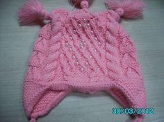 Связать шапочку с косичками на детям 6-12 месяцев