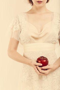 atelier yooj | modello vionnet. abiti da sposa milano
