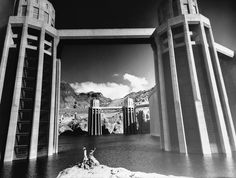 An overview of Hoover Dam construction history with photos the second highest dam in the state and the highest in the world and Las Vegas major tourist attraction. Hoover Dam Construction, Civil Construction, Lake Mead, Long Lake, Bryce Canyon, Architecture Old, Water Tower, Historical Photos, Bouldering