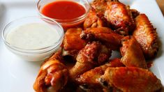 Beer brined buffalo wings - Brining brings out the succulence of poultry, and this quick-brine of salt, beer and brown sugar will intensify the taste of these spicy wings. To make them truly authentic, serve with ranch dressing and crisp celery stalks. Beer Chicken, Chicken Wing Recipes, Buffalo Chicken, Chicken Wings, Teriyaki Chicken, Garlic Chicken, Chicken Thighs, Cajun Appetizers, Appetizer Recipes