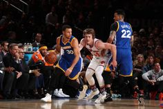 Stephen Curry of the Golden State Warriors handles the ball against the New York Knicks on March 5 2017 at Madison Square Garden in New York City New...
