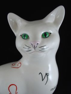 BESWICK ZODIAC CAT SEATED, FACING RIGHT REF. 1560