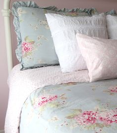 Mimi's Vintage Charm: Simply Shabby Chic linens...