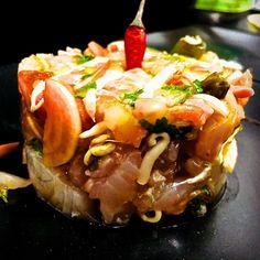 Tartare de daurade thaï Food Pics, Food Pictures, Restaurant, Japchae, Ethnic Recipes, Diner Restaurant, Restaurants, Dining
